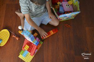 Los Legos se han salido de la caja